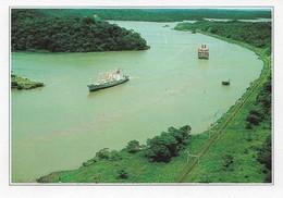 Panama Le Canal De Panama (2 Scans) - Panama