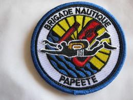 ECUSSON GENDARMERIE NATIONALE PLONGEUR LA BRIGADE NAUTIQUE DE TAHITI PAPEETE SUR VELCROS ETAT EXCELLENT - Police & Gendarmerie
