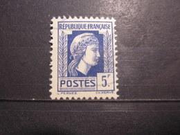 VEND BEAU TIMBRE DE FRANCE N° 645 , XX !!! (c) - 1944 Coq Et Marianne D'Alger