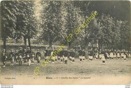 41.  BLOIS .  L' ABEILLE DES AYDES En Marche .  ( Gymnastique ) . - Blois