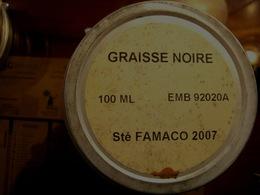 ANCIENNE BOITE DE GRAISSE NOIRE POUR LE CUIR / RANGERS / BLOUSON / SACOCHE ...... - Uitrusting
