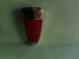 BRIQUET LAGUIOLE LIGHTER Feuerzeug ENCENDEDOR ACCENDINO AANSTEKER打火机léttari Ljusarevžigalnik Sytytin ライター - Non Classificati