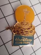 716b Pin's Pins / Beau Et Rare / THEME : DISNEY / HOME VIDEO SERPENT KAA LE LIVRE DE LA JUNGLE - Disney
