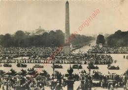LIBERATION DE PARIS .  Les F. F. I Défilent Place De La Concorde . - War 1939-45