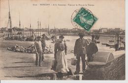ROSCOFF A La Fontaine - Vue Sur Le Port Et Le Théven - Roscoff