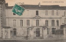 V4-16) CONFOLENS -  L'HOTEL DE VILLE  - (ANIMEE) - Confolens