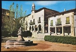 Atienza Guadalajara. Plaza Del Ayuntamiento Y Fuente De Los Tres Dragones. - Guadalajara