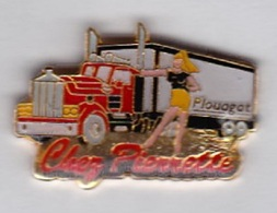 Pin's Transports Camions Chez Pierrette Plouagat - Transports