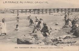 Y25- LA FRANCE AU MAROC - TAOURIRT - LA BAIGNADE DANS L'OUED ZA - (ANIMEE - 2 SCANS) - Autres