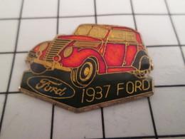 716b Pin's Pins / Beau Et Rare / THEME : AUTOMOBILES /  FORD ROUGE CUIVRE DE 1937 - Ford