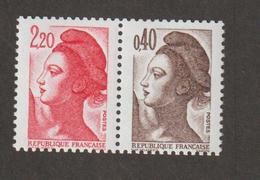 Variétés - 1985  - Type Liberté - N°  2376b - Paire  2f 20+40c -  Provient Du Carnet N° 1501  - Neuf Sans Charnière  - - Variétés Et Curiosités