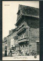 CPA - CARHAIX - Vieille Maison Du XVè Siècle, Animé - Attelage - Carhaix-Plouguer