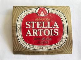 B4 Ancienne Étiquette BIÈRE BELGE STELLA ARTOIS    BROUWERIJ STELLA ARTOIS GEBROUWEN TE LEUVEN VAARTSTRAAT - Etiquettes
