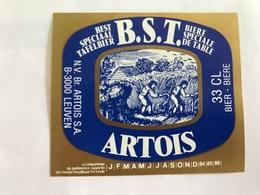 B4 Ancienne Étiquette BIÈRE BELGE BST ARTOIS  STELLA ARTOIS    BROUWERIJ STELLA ARTOIS GEBROUWEN TE LEUVEN VAARTSTRAAT - Etiquettes