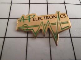 716b Pin's Pins / Beau Et Rare / THEME : MARQUES / AP ELECTRONICS - Marques