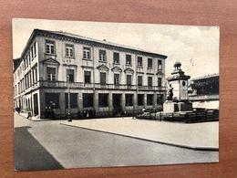 MISTRETTA (MESSINA)  PIAZZA V. VENETO E MON. AI CADUTI   1966 - Messina