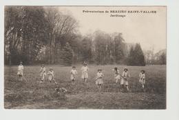 FRANCE / CPA / BBEAUJEU  SAINT-VALLIER / PREVENTORIUM / JARDINAGE / 1928 - Other Municipalities