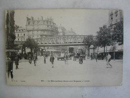 METRO - PARIS - Le Métropolitain Boulevard De Magenta (très Animée) - Metropolitana