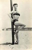 FEMME EN SOUS VETEMENTS - Nus Adultes (< 1960)
