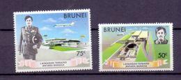 1974 Brunei Opening Of The International Airport In Brunei MNH** MiNr. 204 - 205 Aviation, Architecture, Transport - Brunei (1984-...)