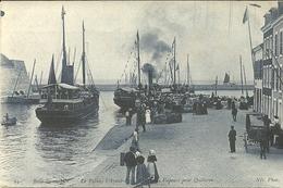 LE PALAIS  -- L'avant-port,....des Vapeurs Pour QUIBERON                --  ND 61 - Belle Ile En Mer