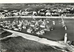"""/ CPSM FRANCE 17 """"Ile D'Oléron, La Cotinière, Le Port, Vue Aérienne"""" - France"""