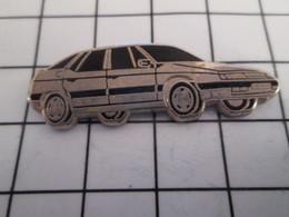 716b Pin's Pins / Beau Et Rare / THEME : AUTOMOBILES / GRANDE CITROEN XM ARGENT ET NOIR Par DECAT - Citroën