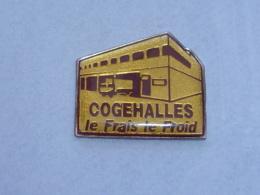 Pin's CAMION COGEHALLES, LE FRAIS, LE FROID - Transports