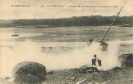 LE CONQUET BRULERIE DE  GOUEMON POUR PRODUIRE LA SOUDE - Le Conquet