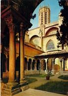 13 - Aix En Provence - Le Clocher De La Cathédrale Saint Sauveur Vu De L'intérieur Du Cloître - Aix En Provence
