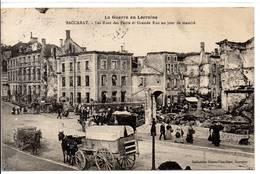 54 - BACCARAT - Les Rues Des Ponts Et Grande Rue Un Jour De Marché - Baccarat