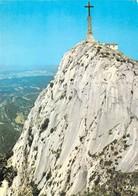 13 - Aix En Provence - Montagne Sainte Victoire - La Croix De Provence Domine La Ville - Aix En Provence