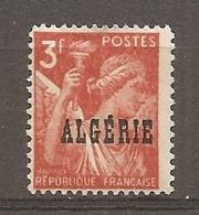 ALG - Yv.  N°  236  ** MNH  3f  Iris  Cote  1,15  Euro BE 2 Scans - Algeria (1924-1962)