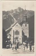 I18- 74) CHAMONIX - MONT BLANC - L'EGLISE - SORTIE DE MESSE  - (ANIMEE - 2 SCANS) - Chamonix-Mont-Blanc