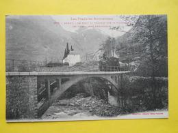 Auzat ,pont ,tramway - France