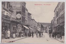 VERNON (Eure) - Rue D'Albuféra Au Chien De Faïence Au Petit Temple Confections - Vernon