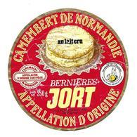 ETIQUETTE De FROMAGE..CAMEMBERT De NORMANDIE..Bernières JORT..B & Ph LEBOUCHER à JORT ( Calvados 14) - Fromage