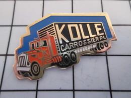 716c Pin's Pins / Beau Et Rare / THEME : TRANSPORTS / CAMION ROUTIER KOLLE CARROSSERIE POIDS LOURDS - Transports