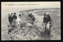 17 - LA ROCHELLE LA PECHE DES HUITRES - La Rochelle