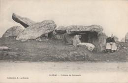 K7- 56) CARNAC - DOLMEN DE KERMARIO - (ANIMEE - PERSONNAGE - 2 SCANS) - Carnac
