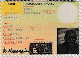1987 - CARTE DE RÉSIDENT - RÉFUGIÉ ARMÉNIEN - - Documents Historiques