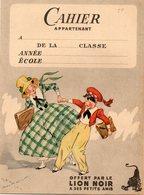 CAHIER AVEC COUVERTURE ILLUSTREE OFFERT PAR LE LION NOIR A SES PETITS AMIS - Buvards, Protège-cahiers Illustrés