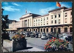 Genève La Gare De Cornavin/ Old Cars - GE Genève