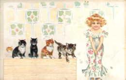 Fillette Et Ses 5 Chats Belle Illustration Sur Carte Repiquée Magasin De Lingerie Et Nouveautés Aux Cyclamens à Lyon - 1900-1949