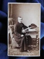 Photo CDV Franck à Paris - Religion, Prêtre, Curé, Second Empire Circa 1865 L498 - Oud (voor 1900)