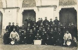 """RARE CARTE PHOTO - GROUPE DE POILUS DU 12° RI - """"LES ORIGINAIRES DE LA CREUSE"""". - War 1914-18"""
