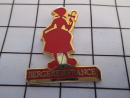 716c Pin's Pins / Beau Et Rare / THEME : MARQUES / LAINE BERGERE DE FRANCE - Marques