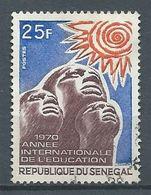 Sénégal YT N°337 Année Internationale De L'éducation Oblitéré ° - Senegal (1960-...)