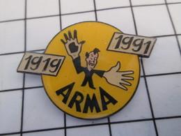 716c Pin's Pins / Beau Et Rare / THEME : MARQUES / ARMA PATE NETTOYANTE 1919 1991 - Markennamen