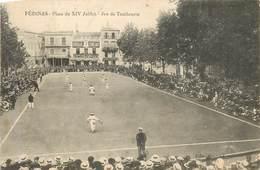 PEZENAS Place Du Xiv Juillet , Jeu De Tambourin - Pezenas